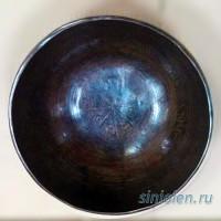 Темная тонкостенная поющая чаша ручной ковки